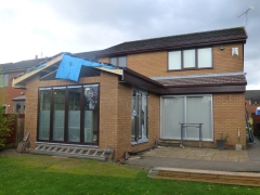 Cronton extension roof